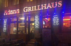 The Adana Grillhaus in an exterior view. © 2017, Münzenberg Media, Photo: Stefan Pribnow