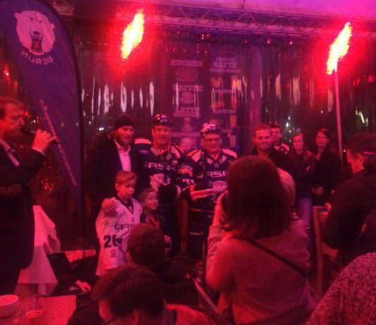 """Supporters Club Meeting at Pirates Berlin on January 23, 2018 - in a """"red"""" and therefore really hot atmosphere."""
