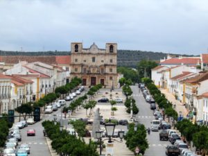 Enjoying a view into the old town of Vila Viçosa. © Alentejo Marmòris Hotel & Spa