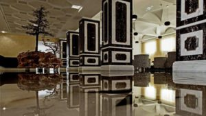 Marble wherever you look in the lobby of the Alentejo Marmòris Hotel & Spa. © Alentejo Marmòris Hotel & Spa
